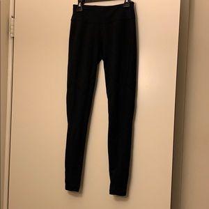 Black Oakley leggings